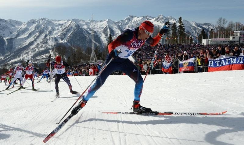 Александр Легков во время марафона на Олимпиаде в Сочи