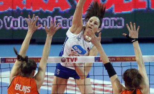 Женская сборная России по волейболу пробилась на Олимпиаду-2016