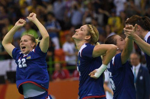 Российские гандболистки — олимпийские чемпионки Рио-2016!