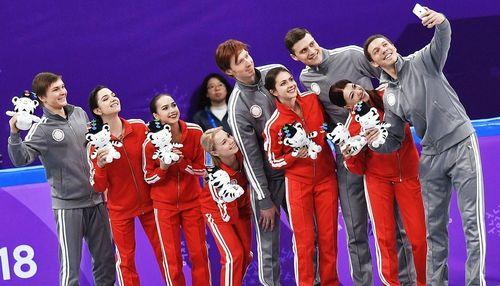 Российские фигуристы завоевали серебряные медали в командном турнире на Олимпиаде-2018!